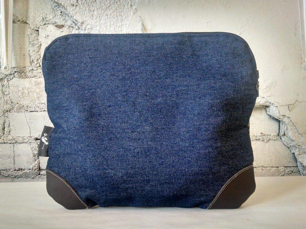 tablet_denim_back