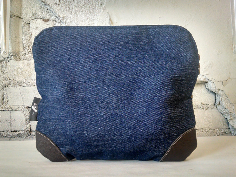 tablet_denim_back
