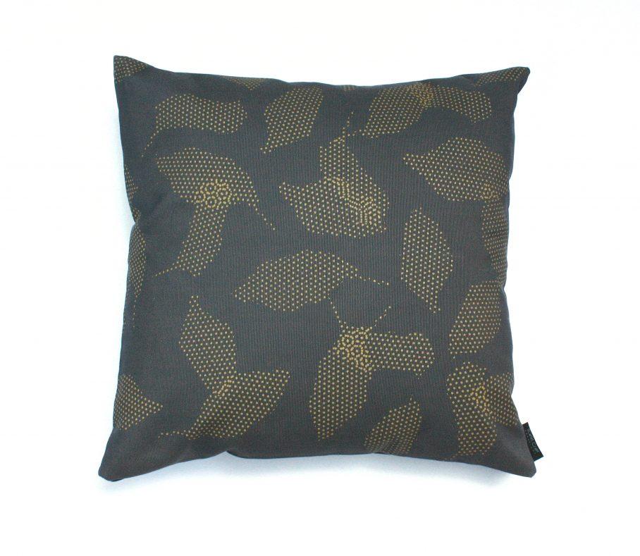 leaves_pillow